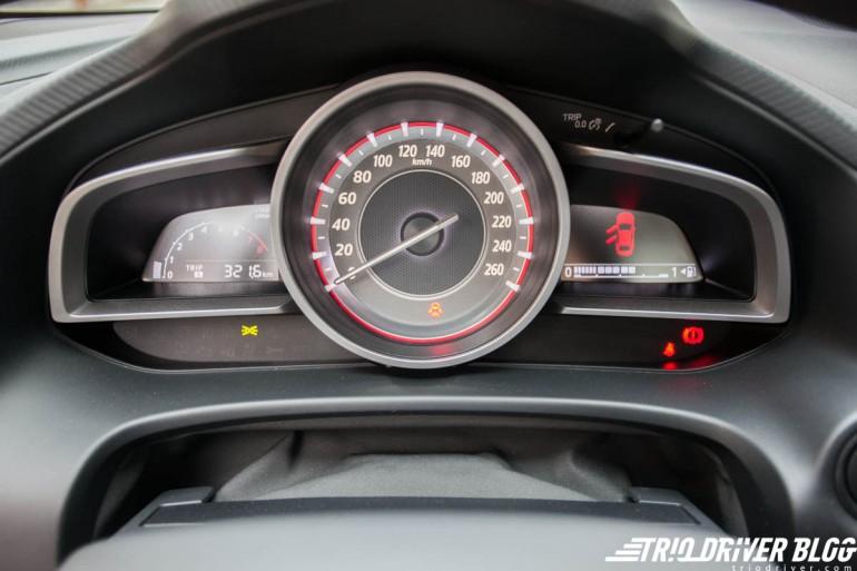 TDB_Test_Mazda3_G120_06