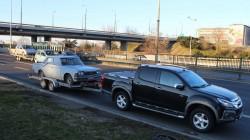 Isuzu D-Max i Toyota Crown