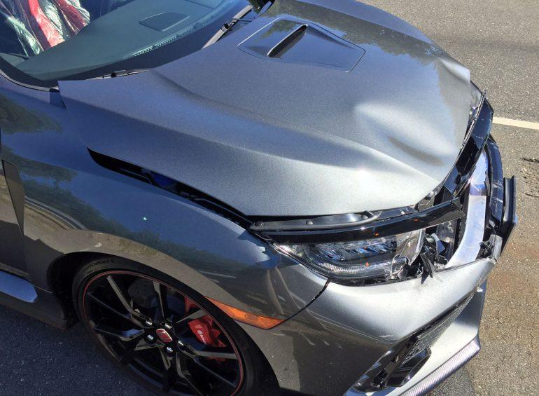 Honda Civic Type R sudar